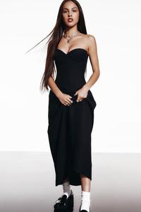 1125x2436 2021 Olivia Rodrigo GQ Magazine