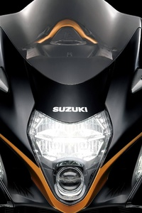 1125x2436 2022 Suzuki Hayabusa Front