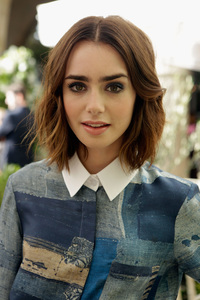 4k Lily Collins Cute
