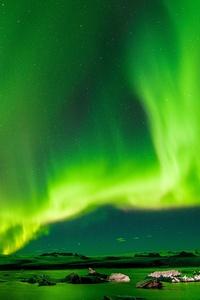 240x400 8k Aurora Borealis