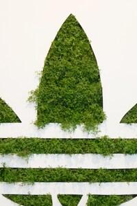 750x1334 Adidas Grass Logo