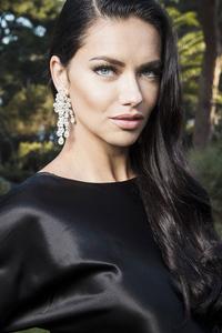Adriana Lima 4k New