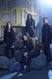 320x480 Agent Of Shield Season 5 Cast