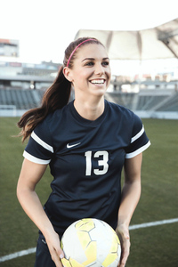 240x400 Alex Morgan Soccer Player
