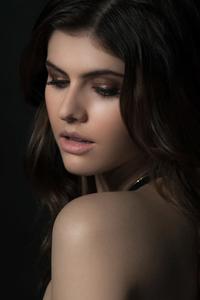 Alexandra Daddario 2019 New