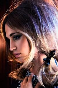 Alicia Vikander Look