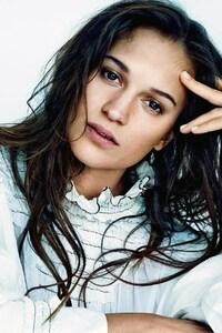 2160x3840 Alicia Vikander Swedish Actress