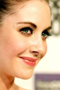 Alison Brie Eyes 4k