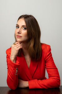 1080x1920 Alison Brie Los Angles Photoshoot 2020