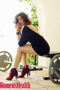 Alison Brie Womens Health 2017