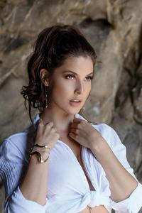 1125x2436 Amanda Cerny Maxim 2019