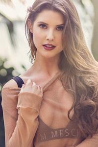 Amanda Cerny Model 4k