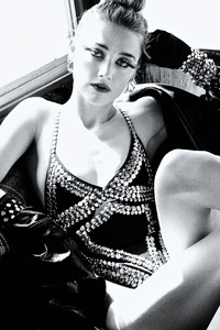 Amber Heard Allure 2017 Monochrome
