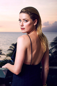 480x800 Amber Heard Maui Film Festival