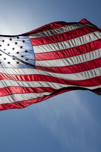 320x480 American Flag