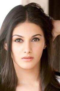 Amyra Dastur Gorgeous
