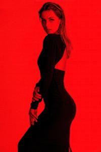 1125x2436 Ana De Armas Flaunt Magazine