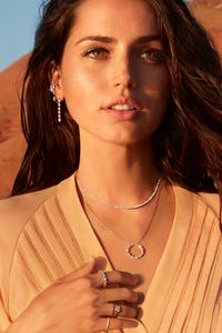 2160x3840 Ana De Armas Natural Diamond Council Campaign 2020