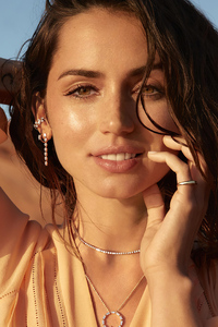 Ana De Armas Natural Diamond Photoshoot 4k