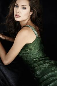 1080x2280 Angelina Jolie 4kphotoshoot