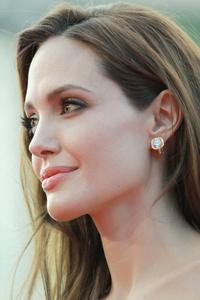 Angelina Jolie 5k 2018
