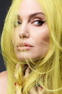 320x480 Angelina Jolie Colored Hairs 4k