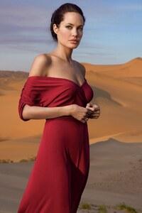 Angelina Jolie Vanity Fair Photoshoot