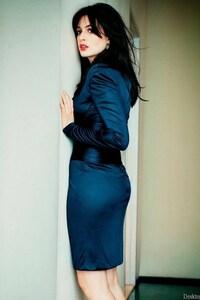 540x960 Anne Hathaway Gorgeous