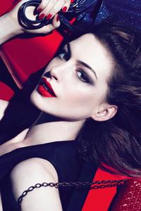 Anne Hathaway New