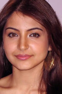 Anushka Sharma Latest