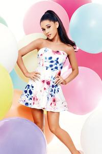 Ariana Grande Music Singer