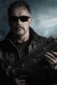 640x1136 Arnold Schwarzenegger In Terminator Dark Fate 4k