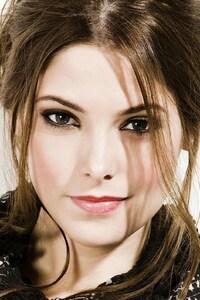 Ashley Greene Model