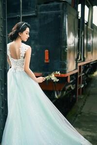 1280x2120 Asian Bride