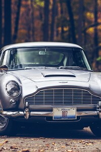 540x960 Aston Martin DB5