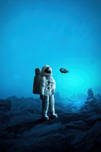 800x1280 Astronaut In Ocean 4k