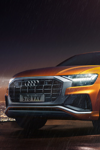 1125x2436 Audi Q8 With Ben Stockley