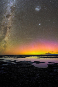 750x1334 Aurora Australis Over Birdlings Flat New Zealand 5k