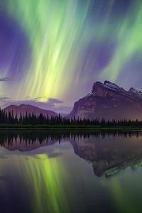 Aurora Borealis Mountains Lake Reflection Banff National Park