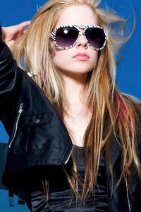 Avril Lavinge Glasses 4k