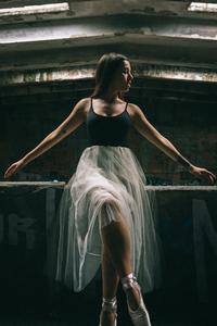 1280x2120 Ballerina Dancer Hd