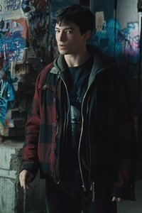 720x1280 Barry Allen Justice League HD
