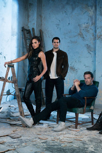 240x400 Batman V Superman Cast Photoshoot