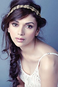 540x960 Beautiful Aditi Rao Hydari