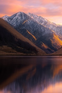 Beautiful Lake Reflection Mountains Landscape View