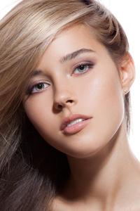 1080x2280 Beautiful Model Hair Glance 5k