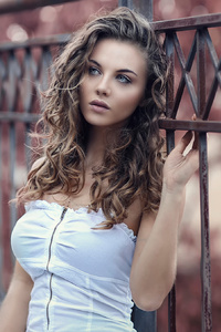 640x960 Beautiful Model Photoshoot