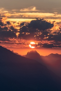 Beautiful Sunrise In Sky 5k