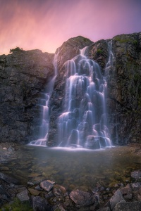 320x480 Beautiful Waterfall
