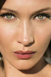 Bella Hadid Face Close Up